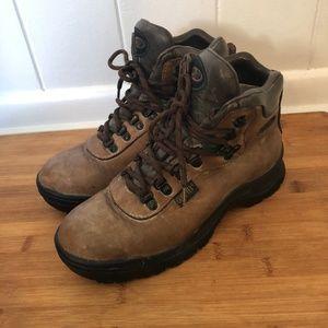 Vasque Skywalk Boots Womens 7.5 Goretex Womens